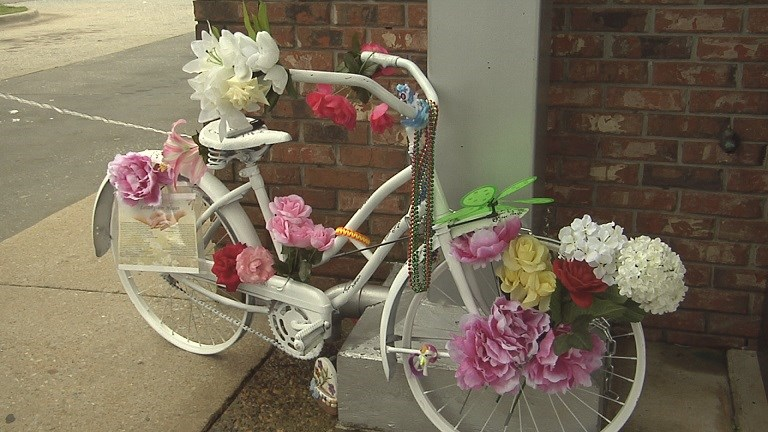 Loved ones remember fallen Phenix City cyclist (Image 1)_4064