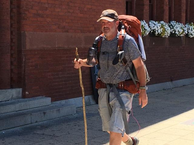 2016-07-27-walking-veteran_127956