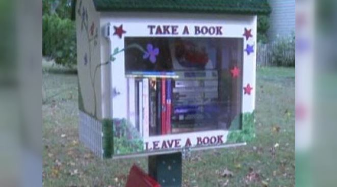 LITTLE_FREE_LIBRARY_128563
