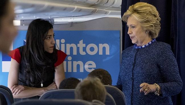 Hillary Clinton, Huma Abedin_152968