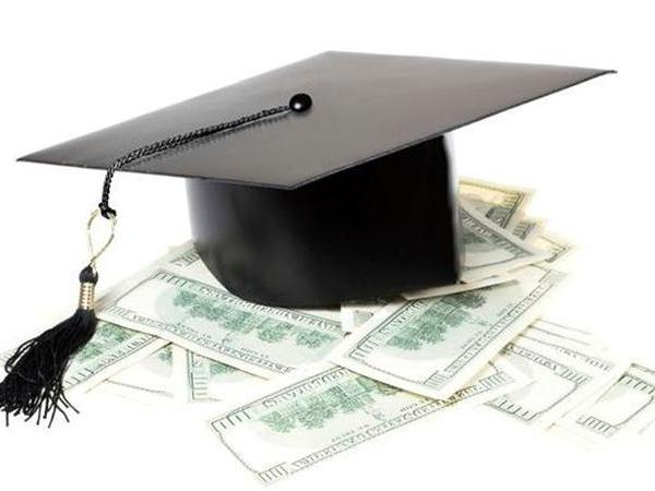 college_scholarship-copy_157315