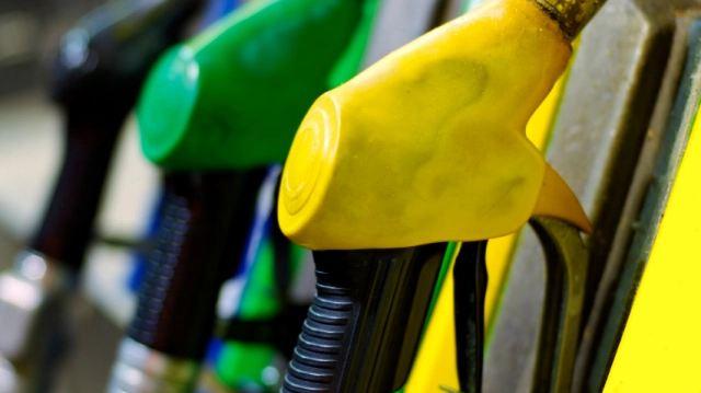gas_pump_detroit_154860