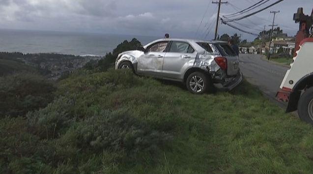 car_crash_pacifica_171476