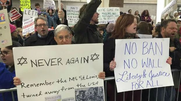 travel_ban_protest_176455