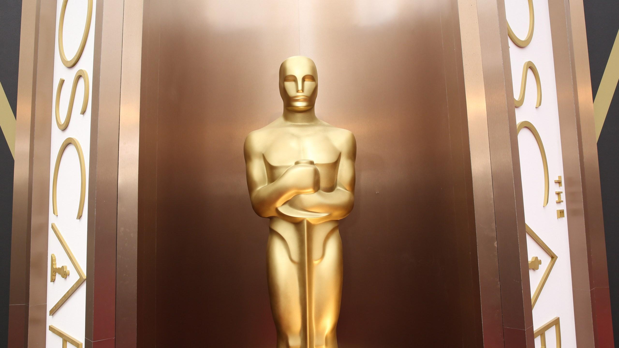 Oscar statue_190574
