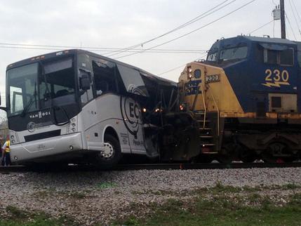 APTOPIX Train Bus Accident_196312