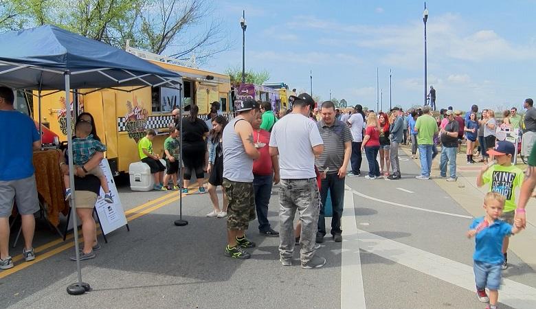 spring_food_truck_festival_205012