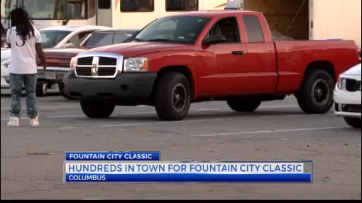 Avoiding a parking nightmare at Fountain City Classic_299251