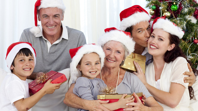 christmas-family-grandparents-children-presents-holidays_1513118073919_323021_ver1-0_30202802_ver1-0_640_360_314558