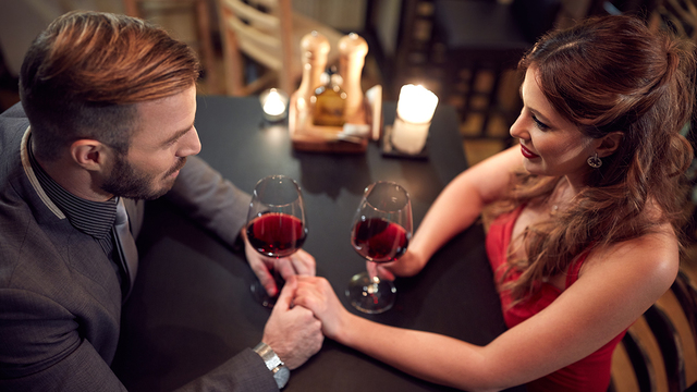 valentines-day-dinner-wine-happy-couple-romantic-love_1515533287088_329966_ver1-0_31347627_ver1-0_640_360_323559