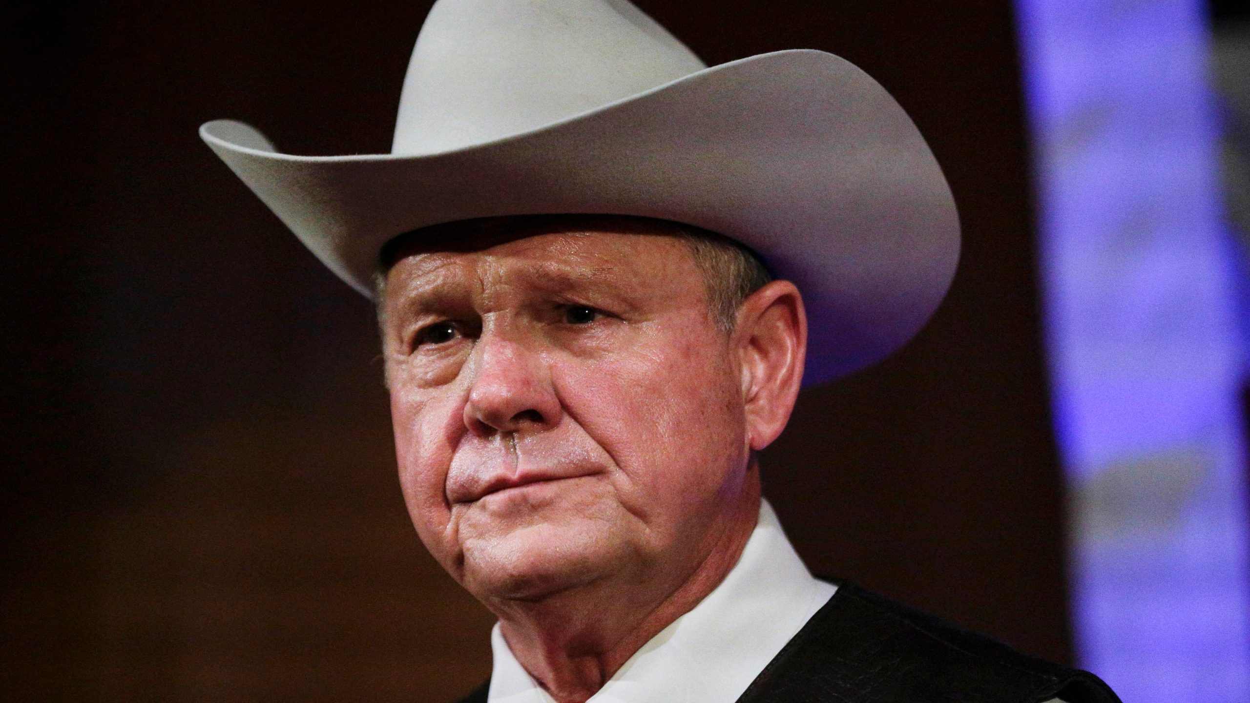 Roy_Moore_Money_15091-159532.jpg54522244