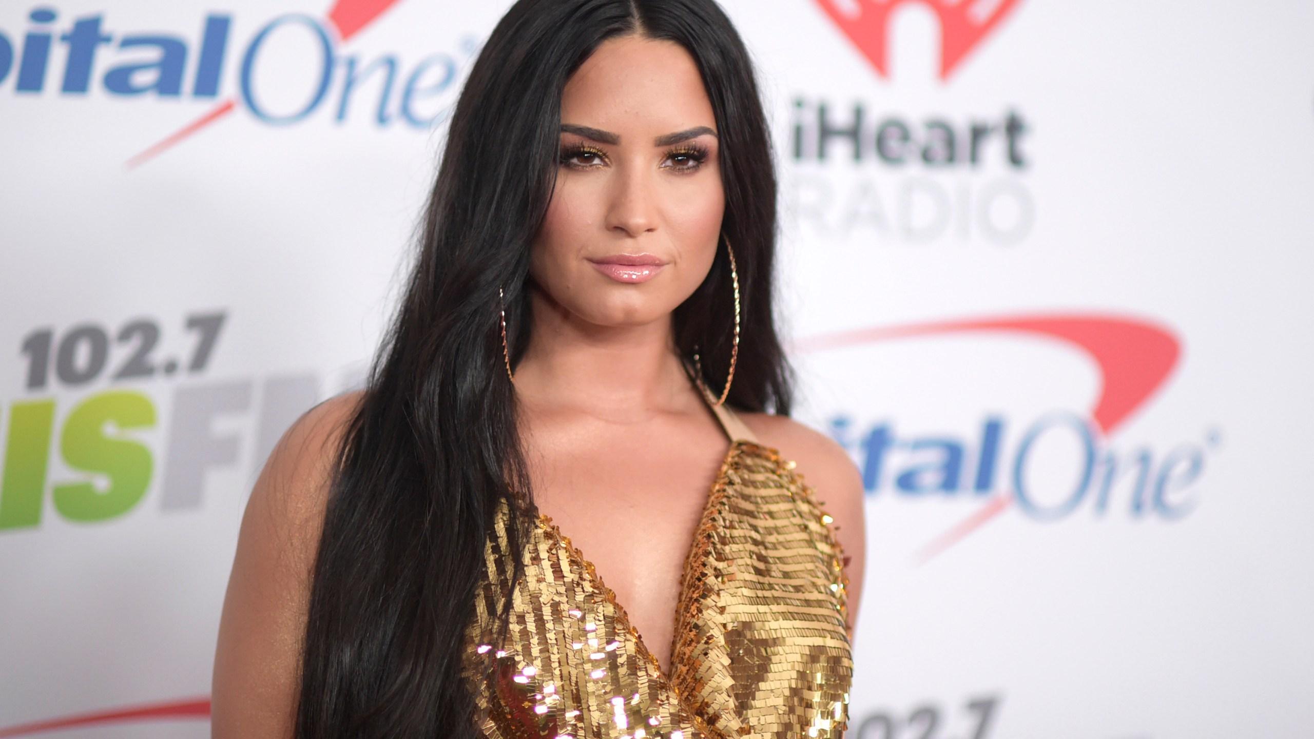 People_Demi_Lovato_16965-159532.jpg51832216