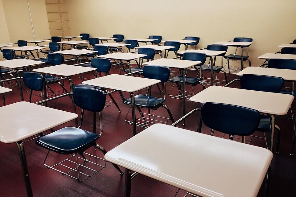 classroom-1910011_960_720_233504