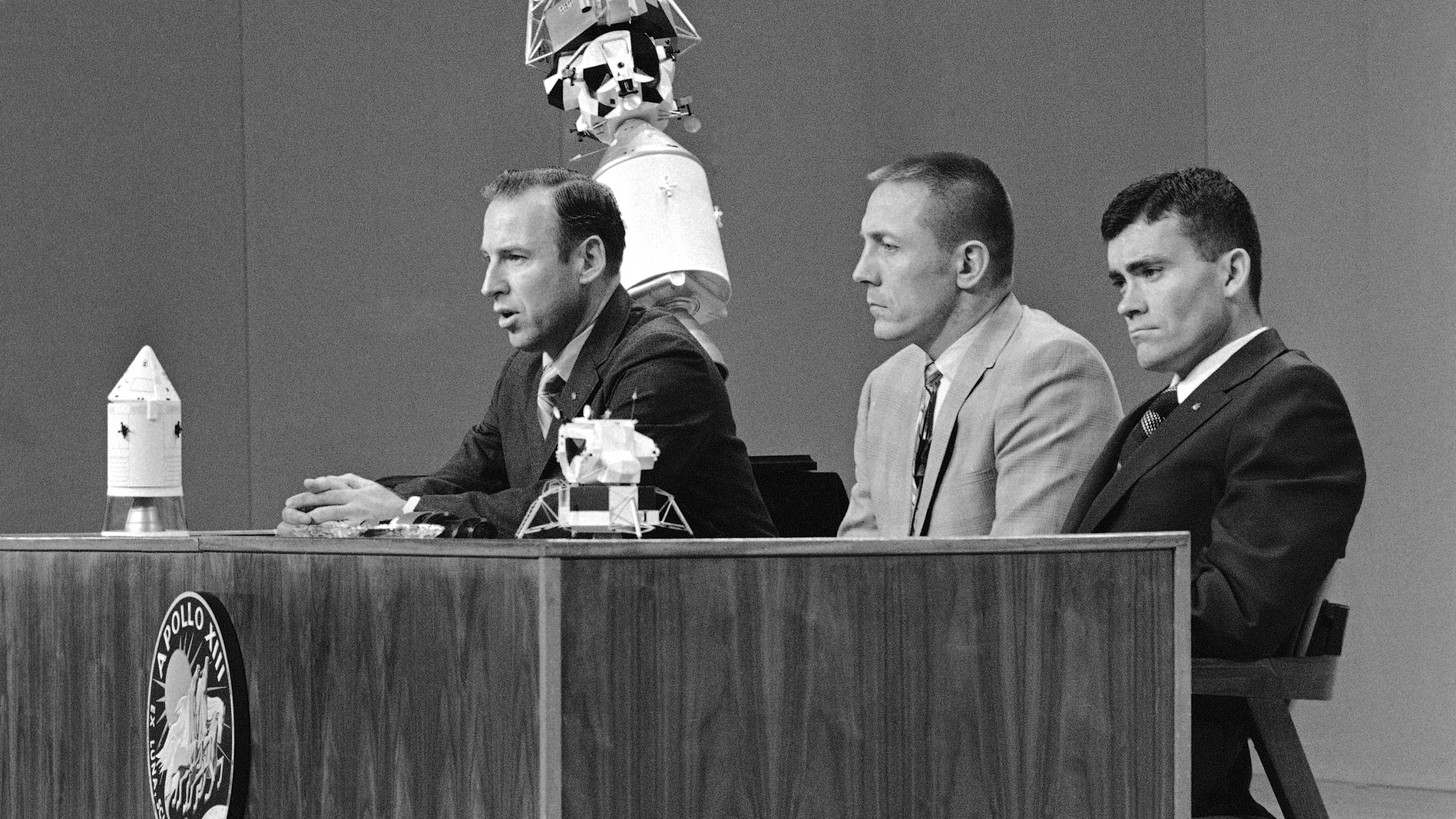 James Lovell, jim lovell, John Swigert, Fred Haise