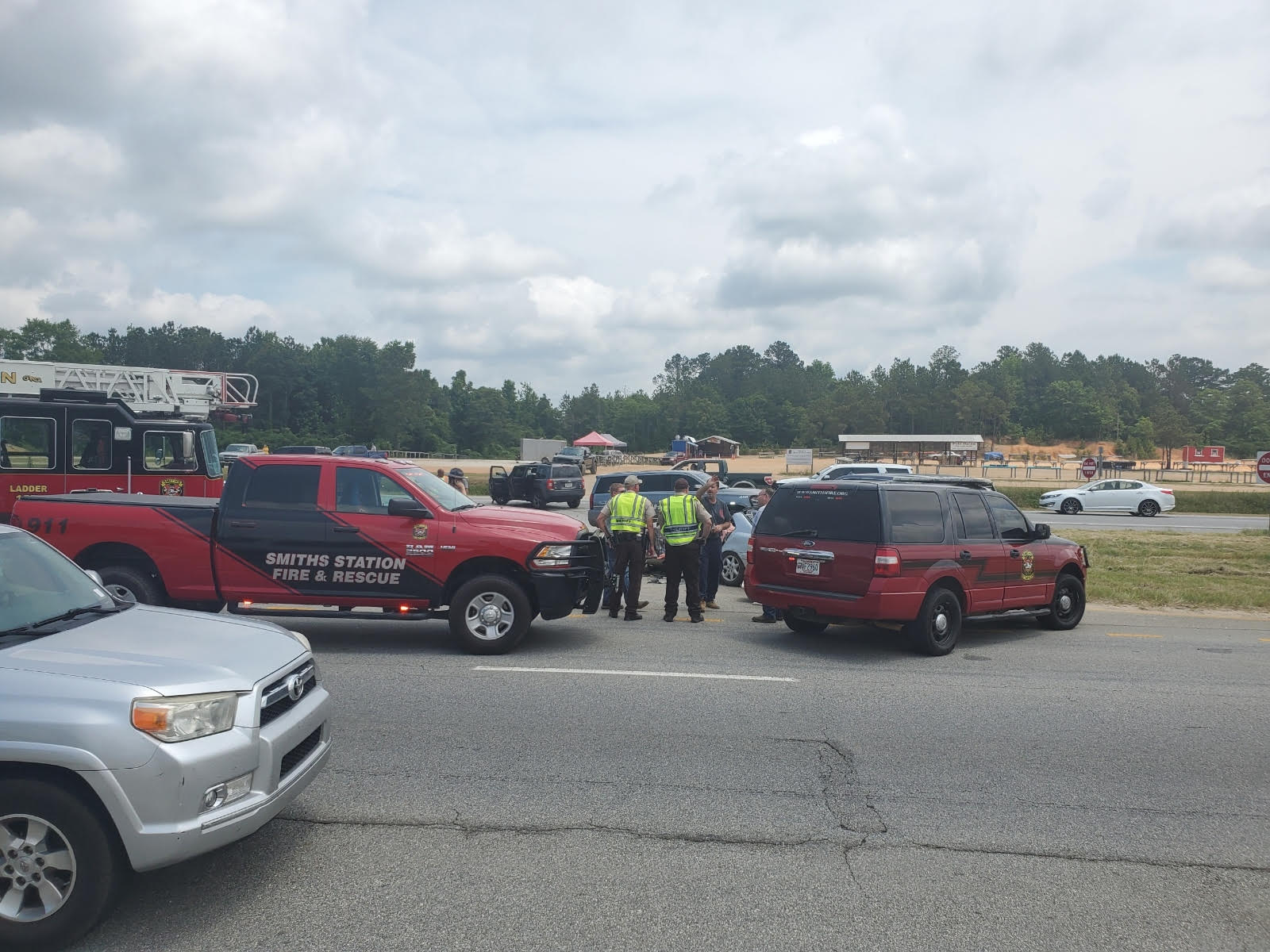 Deadly car wreck at Lee County Flea Market