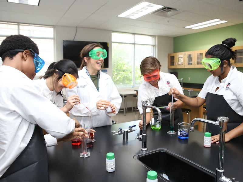 Fulton Science Academy Private School Science Laboratory